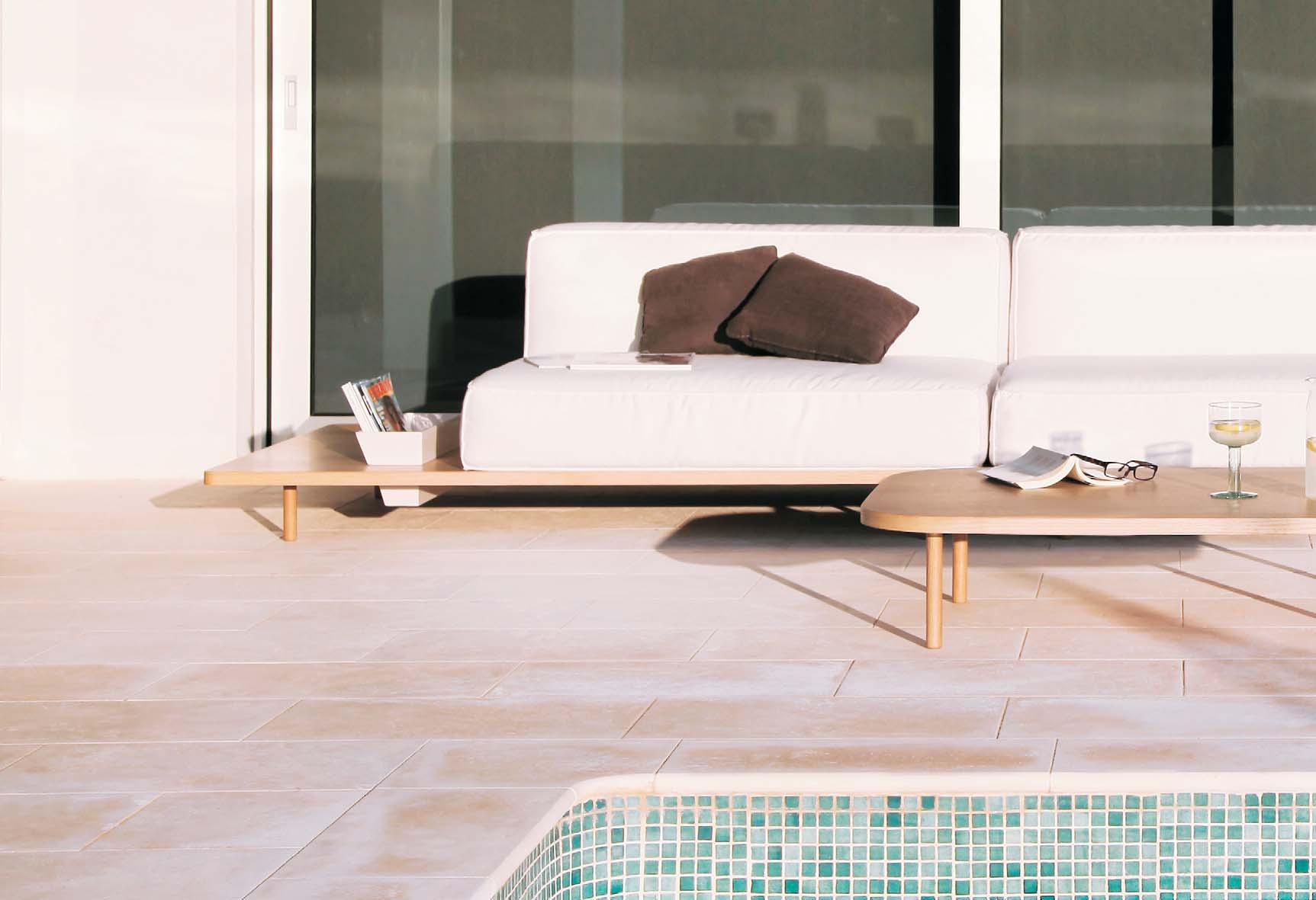 Sofá modular piscina Mus de Koo en Mallorca