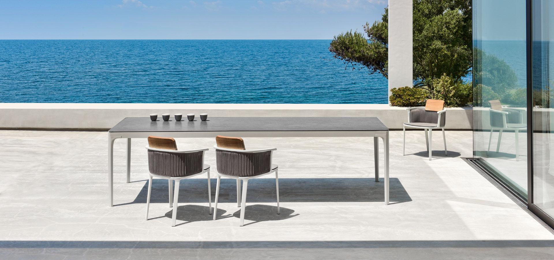 RectangularXL_warmwhite de Ethimo en Maxim Confort Mallorca
