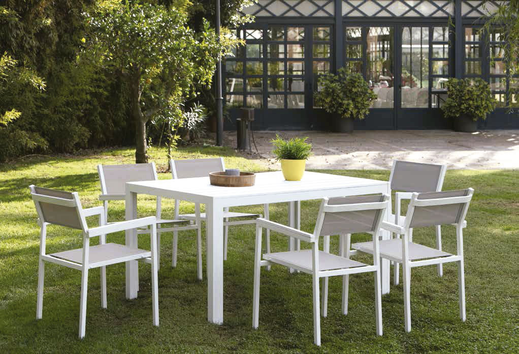Calpe outdoor collection in aluminum by Arkimueble in Màxim Confort Mallorca